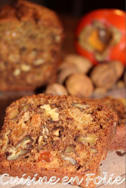 Cake Kakis, noix et raisins