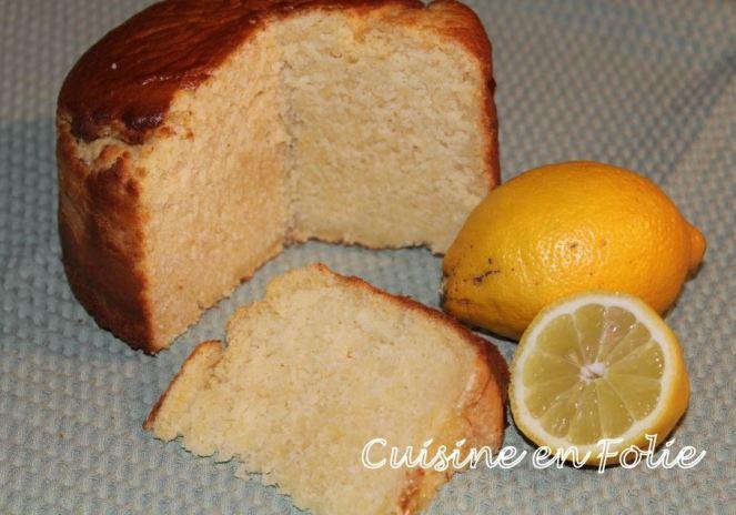 Gâteau au lait, à la semoule et au citron