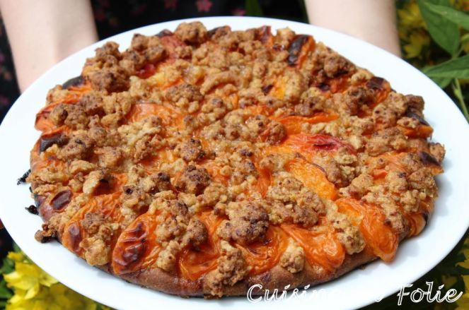 Tarte briochée aux abricots et son crumble
